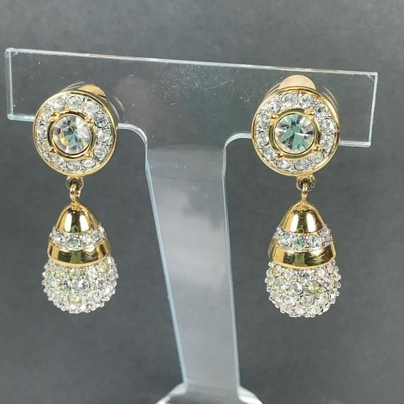 f4a3c879af57e Vintage Swarovski crystal pave drop earrings